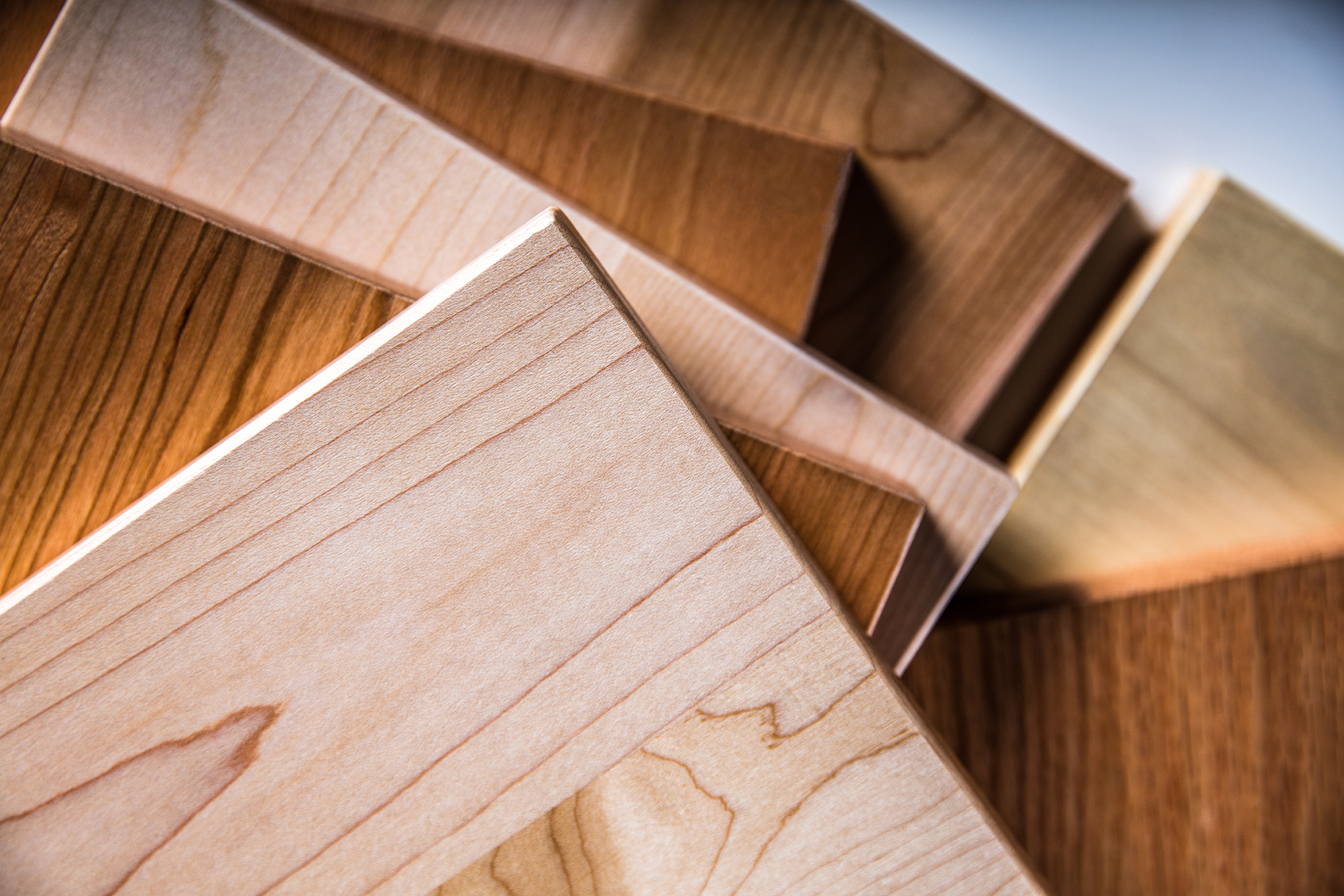 Hardwood Plywood: Advantages